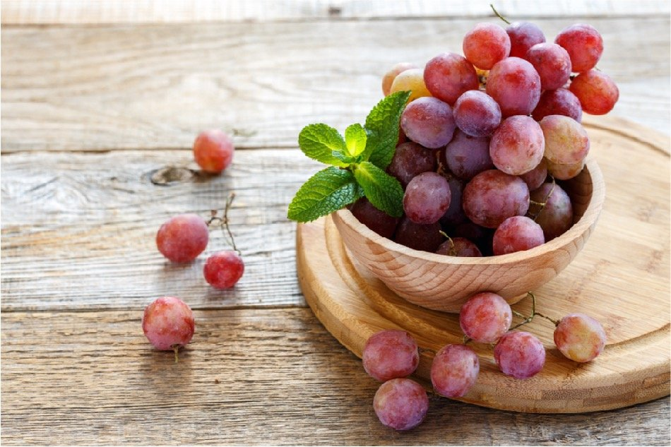 Grapes are a healthy way to get dessert