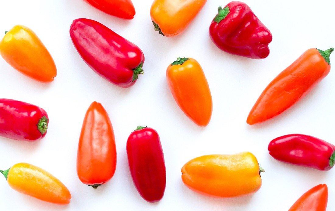 red bell peppers are high in fiber and a tasty snack